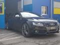 Audi_S5_Akrapovic_001